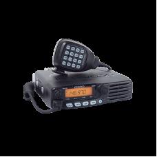 Radio móvil de VHF (incluye micrófono). 65W, Tx: 144 - 148 MHz Rx: 136 - 174 MHz.