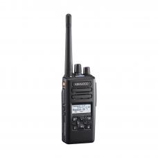 400-520 MHz, 260 Canales, NXDN-DMR-Análogo, GPS, Bluetooth, IP67, 2 Pines, Incluye Batería-Antena-Cargador-Clip.